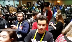 CES Unveiled Media Crowd