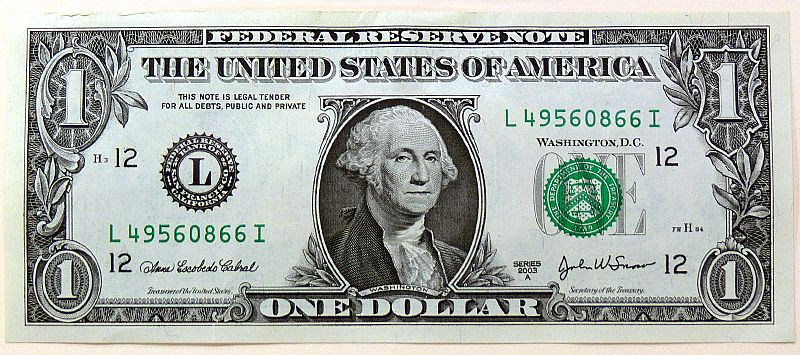 800px-One_US_dollar_note_0127_22